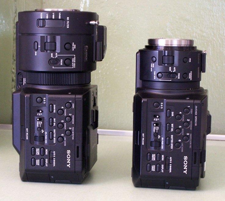 Size comparsion  FS100 vs FS700